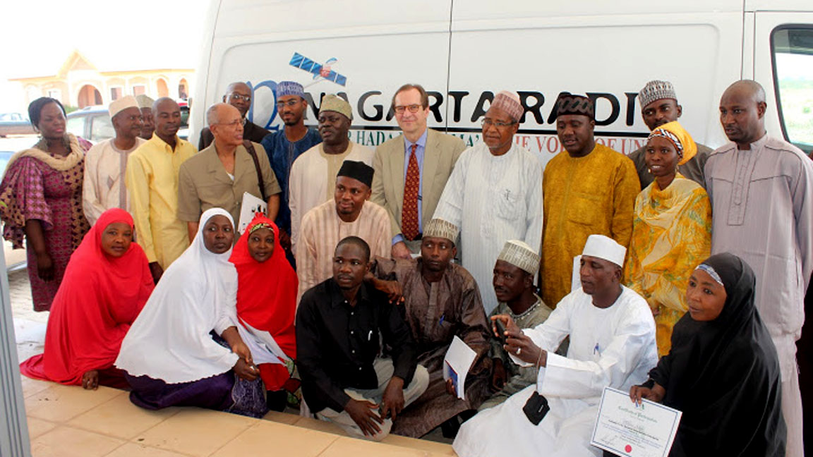 VOA Director David Ensor visits Nigeria in March 2013