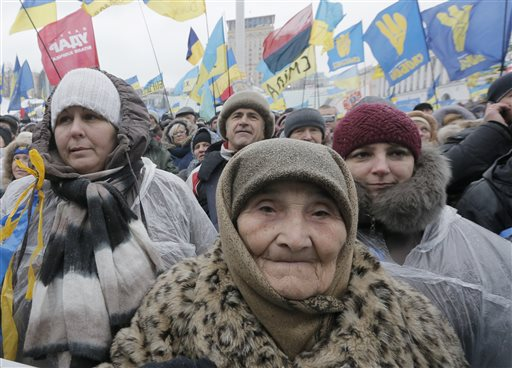 Pro-European Union activists at a rally in the Independence Square in Kiev, Ukraine. (AP Photo/Efrem Lukatsky)