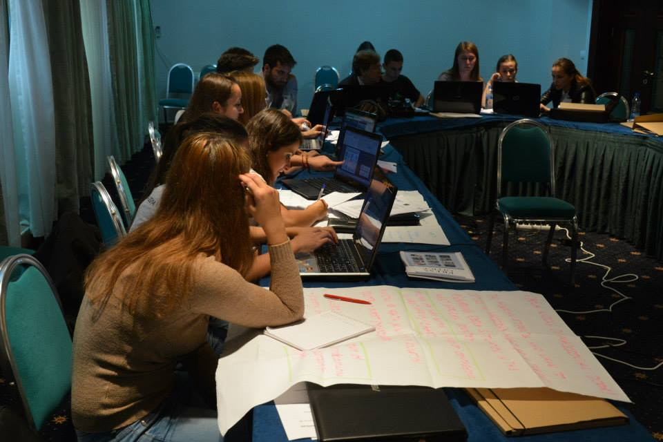 Bbg provides data journalism training in macedonia bbg for Consul training