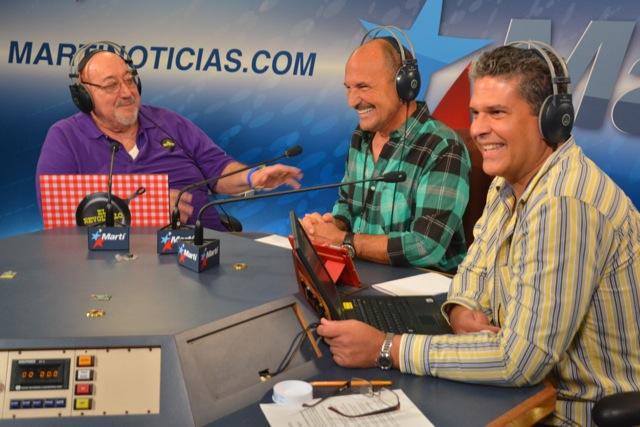 Radio Marti show El Revoltillo. L-R: Ramon Morell de Oro, Gilberto Reyes and Alfredo Jacomino