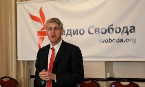 RFE/RL President Thomas Kent speaks at a reception celebrating the 25th anniversary of RFE/RL's Moscow bureau