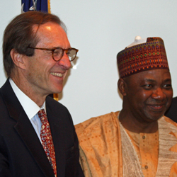 Photo Gallery: Nigerian VP Namadi Sambo Visits VOA