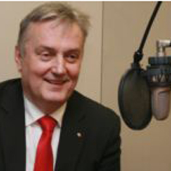 Bosnian FM talks Bosnian (and Serbian) politics with RFE/RL