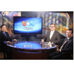 Cambodian opposition leaders visit VOA