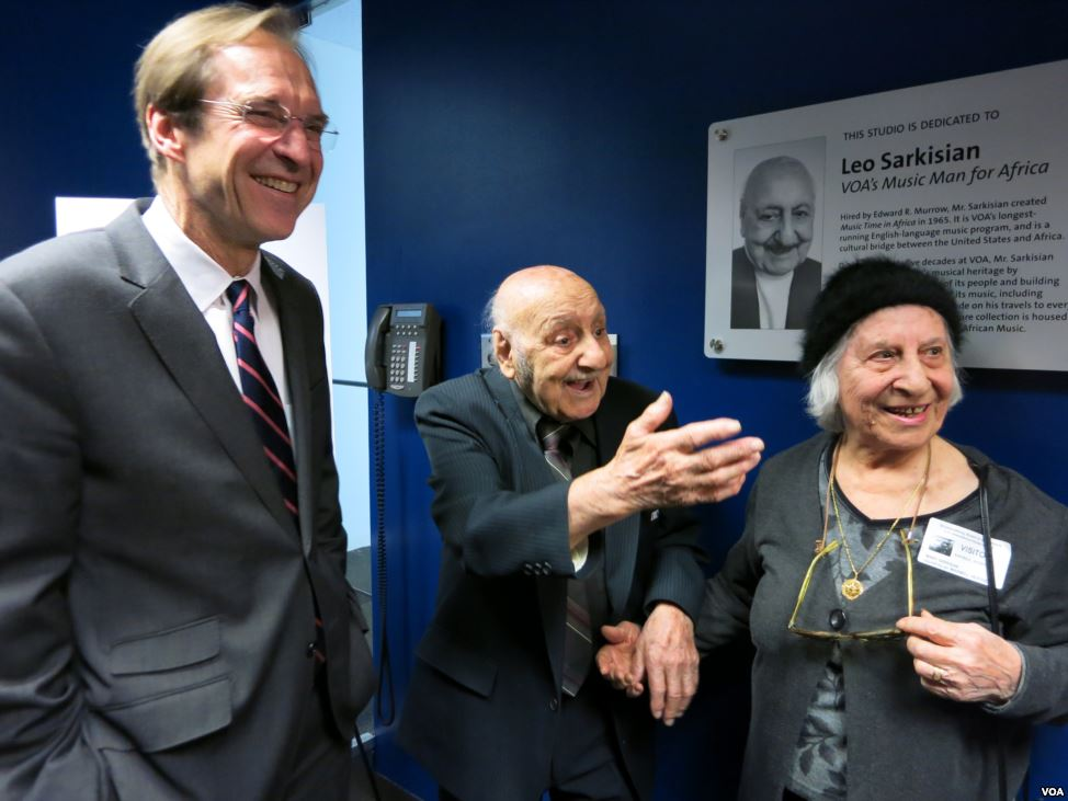 Leo Sarkisian Honored with VOA Studio Dedication