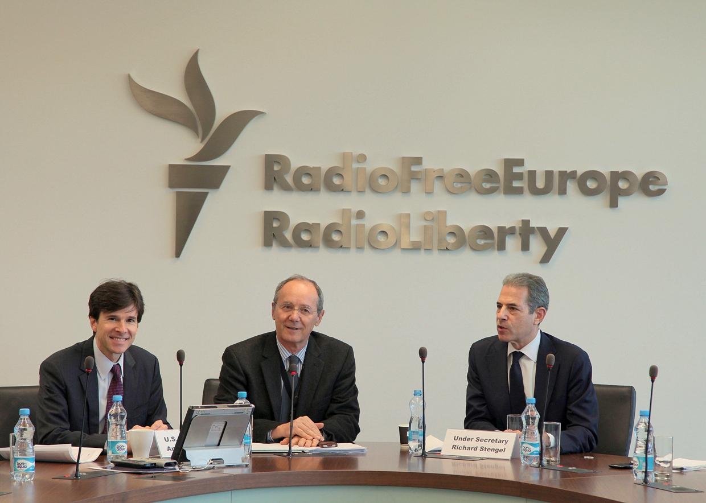 Under Secretary Stengel visits RFE/RL