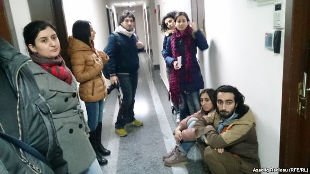 BBG Denounces Harsh Treatment of RFE/RL Baku Journalists, Calls for Bureau Reopening