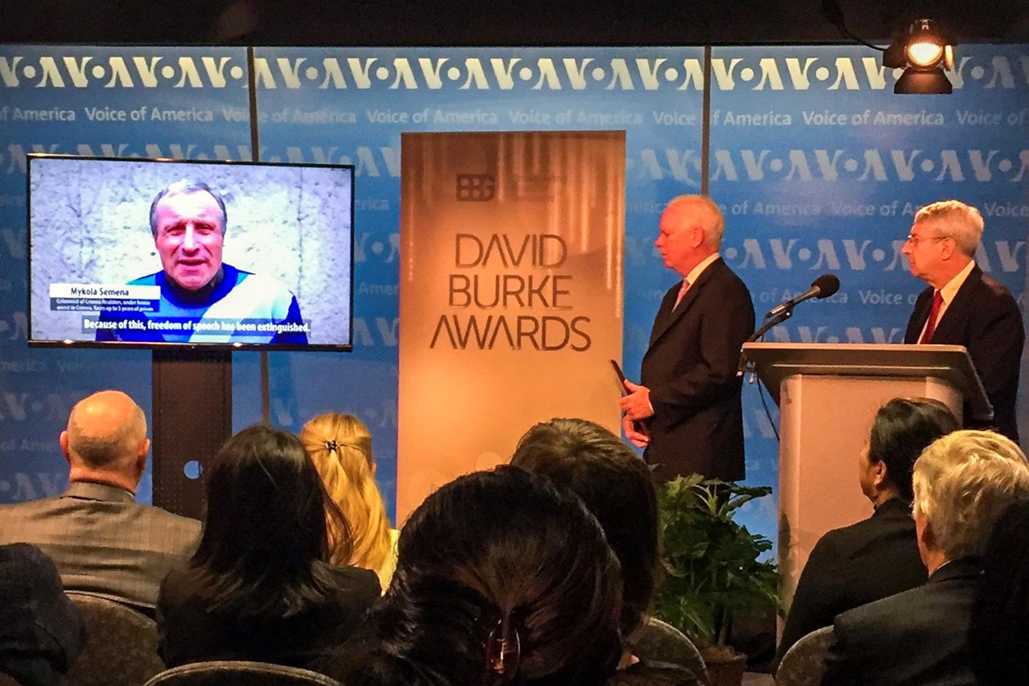 RFE/RL Crimea journalists win Burke Award